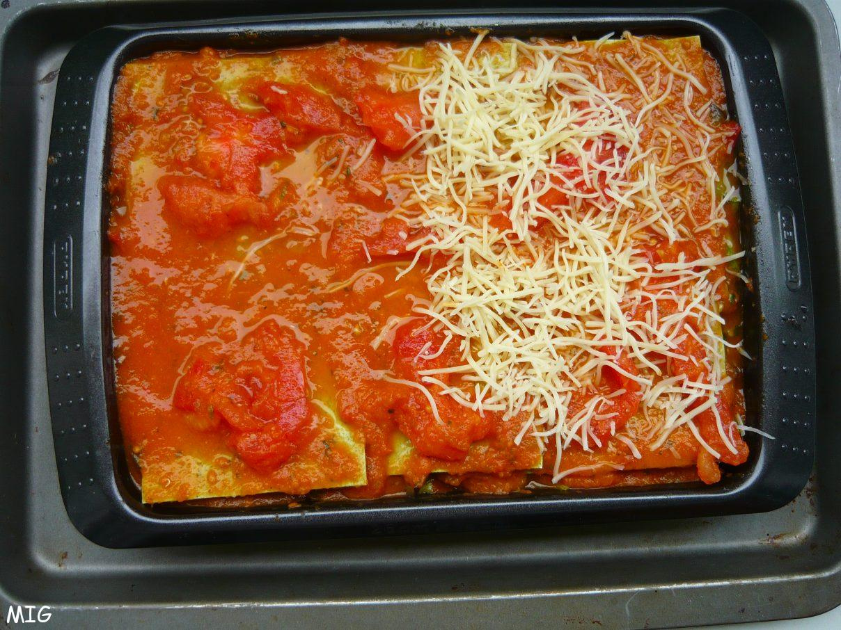 dernière couche, sauce tomate puis fromage
