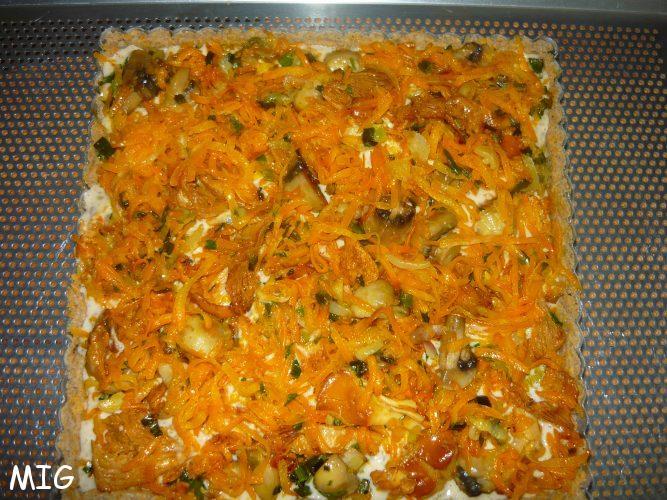 la pâte, l'appareil Philadelphia et marrons puis la poêlée carottes champignons