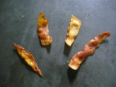 Une partie des petites chips de peau de poire